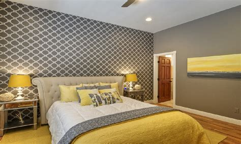 Decorating Ideas For Yellow Bedrooms by Gray Bedroom Ideas Decorating Small Bedroom Ideas For