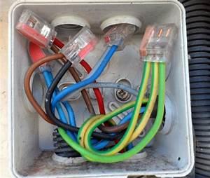 Boite De Derivation Electrique : bricovid o forum lectricit comment brancher un c ble ~ Dailycaller-alerts.com Idées de Décoration