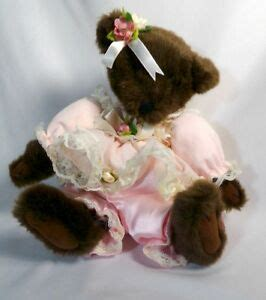 vintage wind  musical teddy bear plays   small