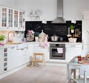 pinnwand küche pinnwand und tafellack für die küche bild 13 living at home