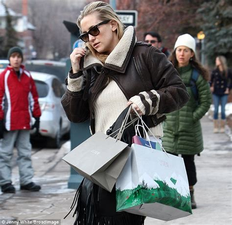 Aspen Is The Place To Be This Christmas! Kate Hudson And