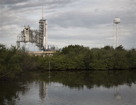 11alive.com | SpaceX launches Dragon spacecraft to ...