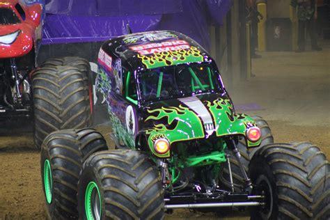 monster truck jam philadelphia family night out monster jam photo recap monster jam