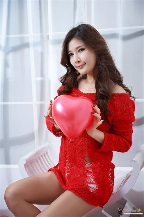 Xxx Nude Girls Hwang Ga Hi In Hot Red