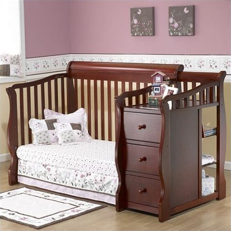 sorelle toddler bed sorelle tuscany more 4 in 1 convertible crib and changer
