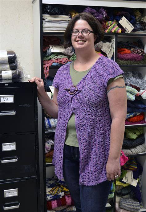 Designer Jen Going Talks Color by Irl Jen S Bamboo Pop Cardigan Universal Yarn Creative