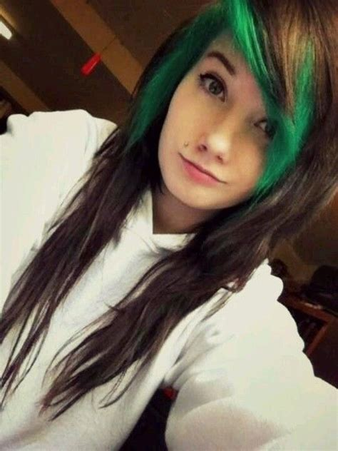 Brown Hair Facts by Brown Hair With Green Bangs Hair