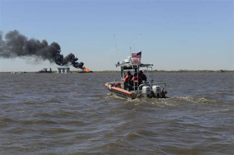 coast guard establishes unified command  respond