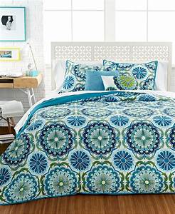 Bedroom: Interesting Pattern Bedspreads For Teens Decor