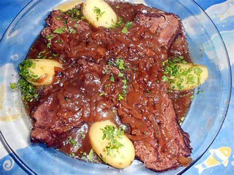 cuisiner le paleron de boeuf recette de paleron aux oignons