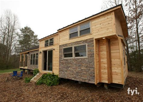 Beautiful 400 Square Foot House i thought this 400 sq ft tiny house was beautiful but one