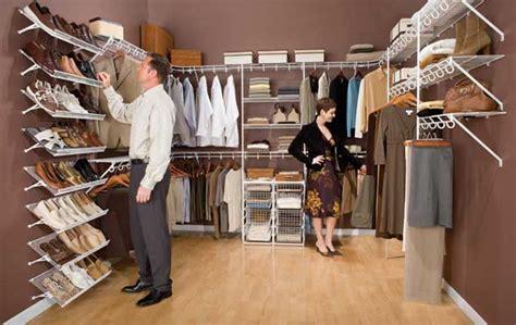 american closet ventilated shelving