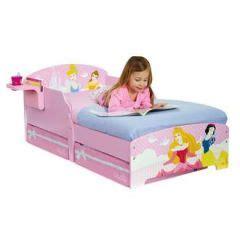 lit ch 226 teau de princesse meubler une chambre de princesse lit armoire et commode de