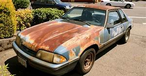 OLD PARKED CARS.: Paint Recall: 1989 Ford Mustang LX.
