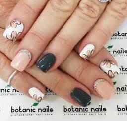 Gray nail art designs jewe