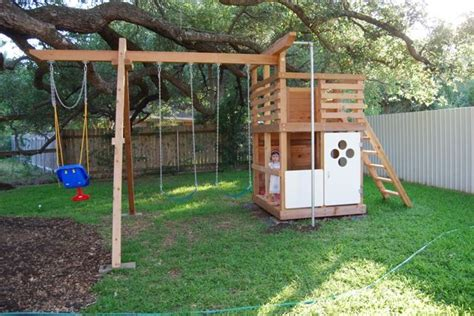 Backyard Play Structure by 25 Best Ideas About Play Structures On