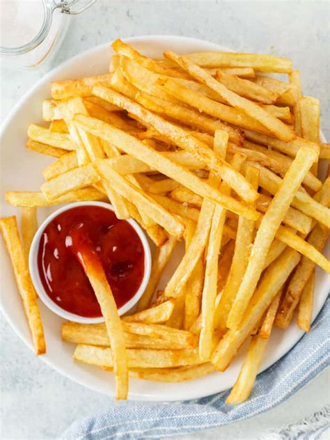 This Copycat McDonald's French Fry Recipe has the SECRET steps you need to replicate the classic ...