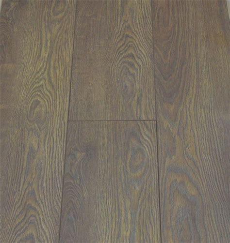 laminate flooring that looks like 8mm v groove oak laminate flooring pallet cheap value deal bevelled edge ebay
