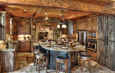 3 Log Home Kitchen Styles