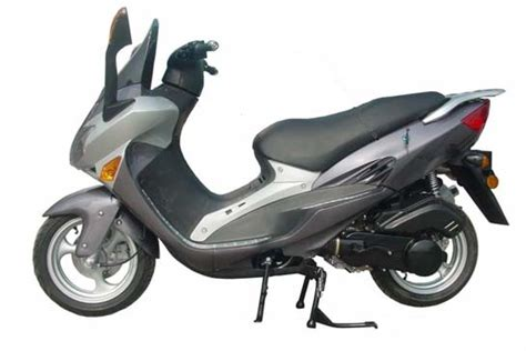Kinroad Xt125 150 T-18 150cc Chinese Scooter Owners Manual