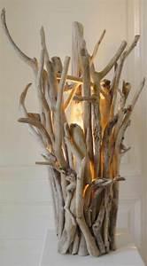 Stehlampe Aus Treibholz : basteln mit treibholz diy deko mit erinnerungen an den strandurlaub ~ Markanthonyermac.com Haus und Dekorationen