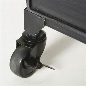 Tavolino Da Salotto A Rotelle In Metallo Nero E Vetro Striato Denis