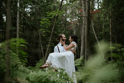 intimate rustic cottage wedding in shawville quebec