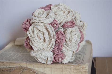 fiore all uncinetto bouquet con fiori all uncinetto alluncinetto it