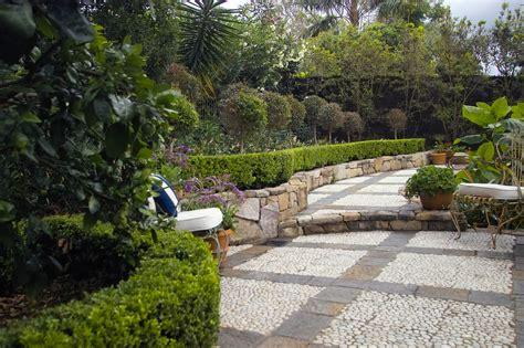 cottage design provincial gardens indooroopilly gardenscapes