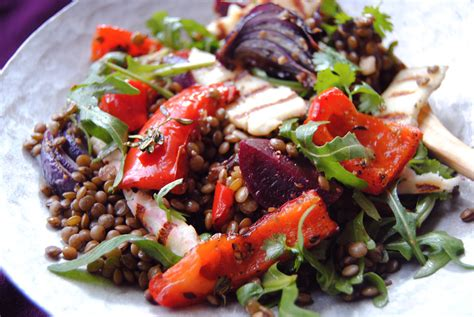 cuisine salade warm beetroot lentil and pepper salad food to glow