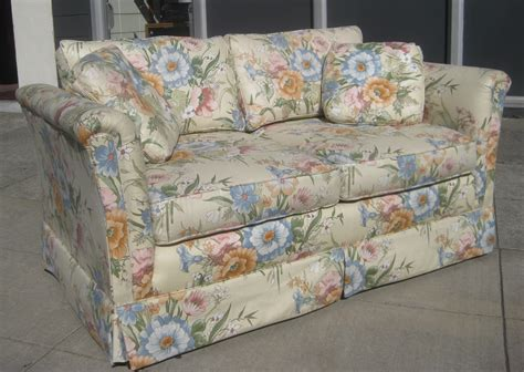 Patterned Loveseat by Uhuru Furniture Collectibles Sold Floral Loveseat 40