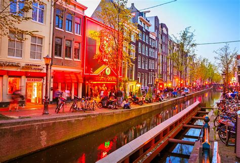 Light District by A Guide To Amsterdam S Light District Lonely Planet
