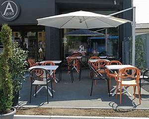 Fornitura di Tavolini e Sedie per Bar Pasticceria Agorà