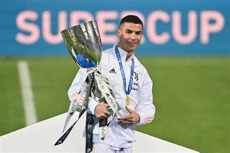 Ronaldo scores 760th career goal, but is it a world record ...