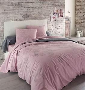 Parures de lit originales decoration facile pour la for Chambre à coucher adulte avec housse de couette flanelle grise