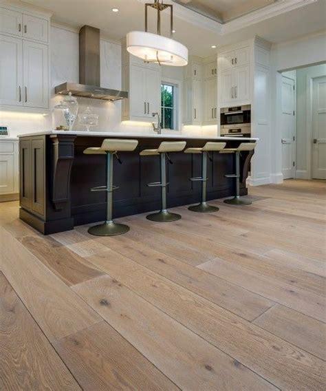 kitchen floors vinyl 29 vinyl flooring ideas with pros and cons digsdigs 1731
