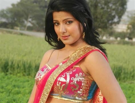 smriti sinha bhojpuri actress hd wallpapers photo image
