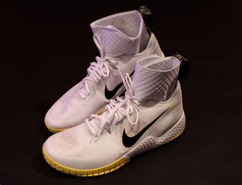 serena tennis shoes spotec a pair of serena williams used custom nike tennis shoes 2016 memorabilia expert