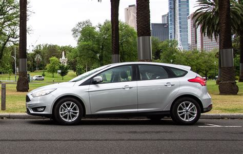 Ford Car : 2016 Ford Focus Trend Review