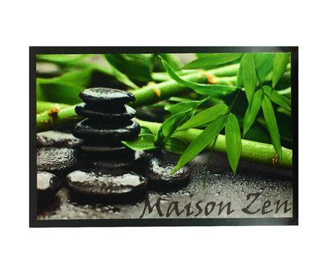 poubelle cuisine sous evier paillasson tapis entrée pièce deco galets noir bambou