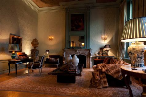 Set Design Set Empire by The Netherlands Decoration Empire14 The Netherlands