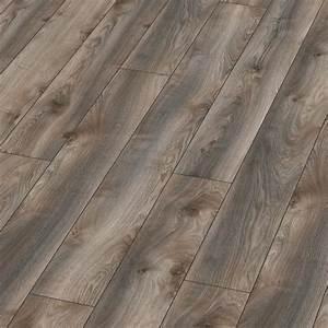 Laminat Weiß Grau : kronotex laminat mammut plus makro eiche grau d4792 lhd 1 stab 4 v fuge laminat kronotex laminat ~ Orissabook.com Haus und Dekorationen