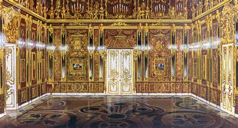 la chambre d ambre la fameuse chambre d ambre russe reconstituée à