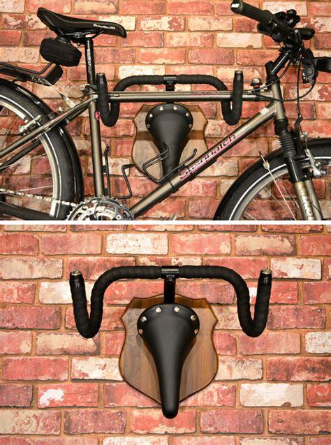 put  bike  display   wall mounted bike