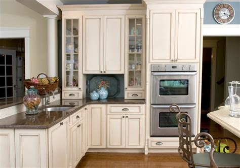 brown cabinets with white countertops baltic brown granite makes your kitchen countertop looks