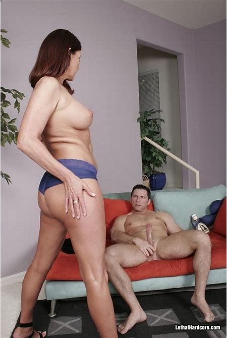 Magdalena St Michaels having sex with a young Stud - Pichunter