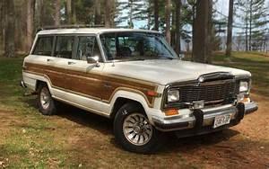 Fancy Jeep  1985 Jeep Grand Wagoneer