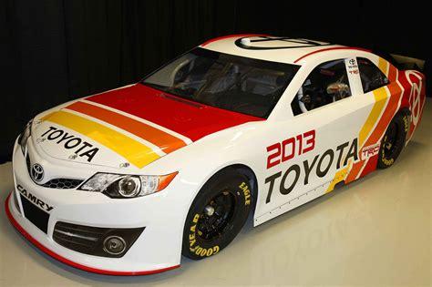 toyota camry nascar sprint cup race car debuts