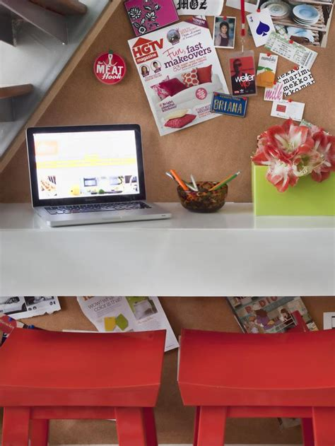 how to make a floating desk how to make a space saving floating desk decorating