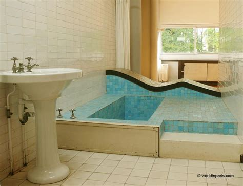 pictures of beautiful bathroom designs villa savoye le corbusier the icon of modern